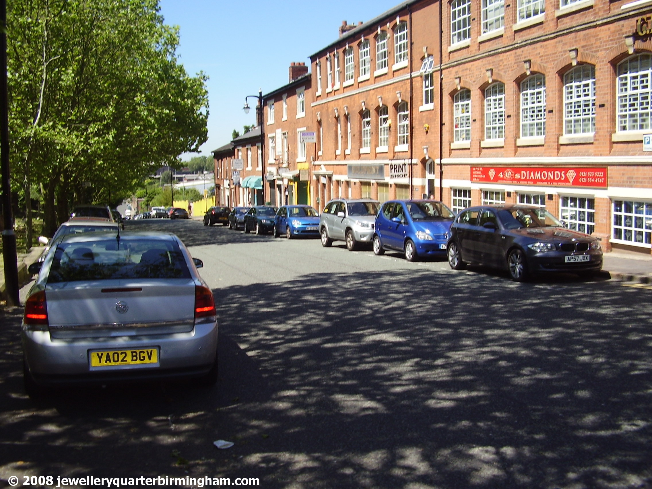 Pickford-St-small-businesses-including-Jewellers-over-.jpg 2008