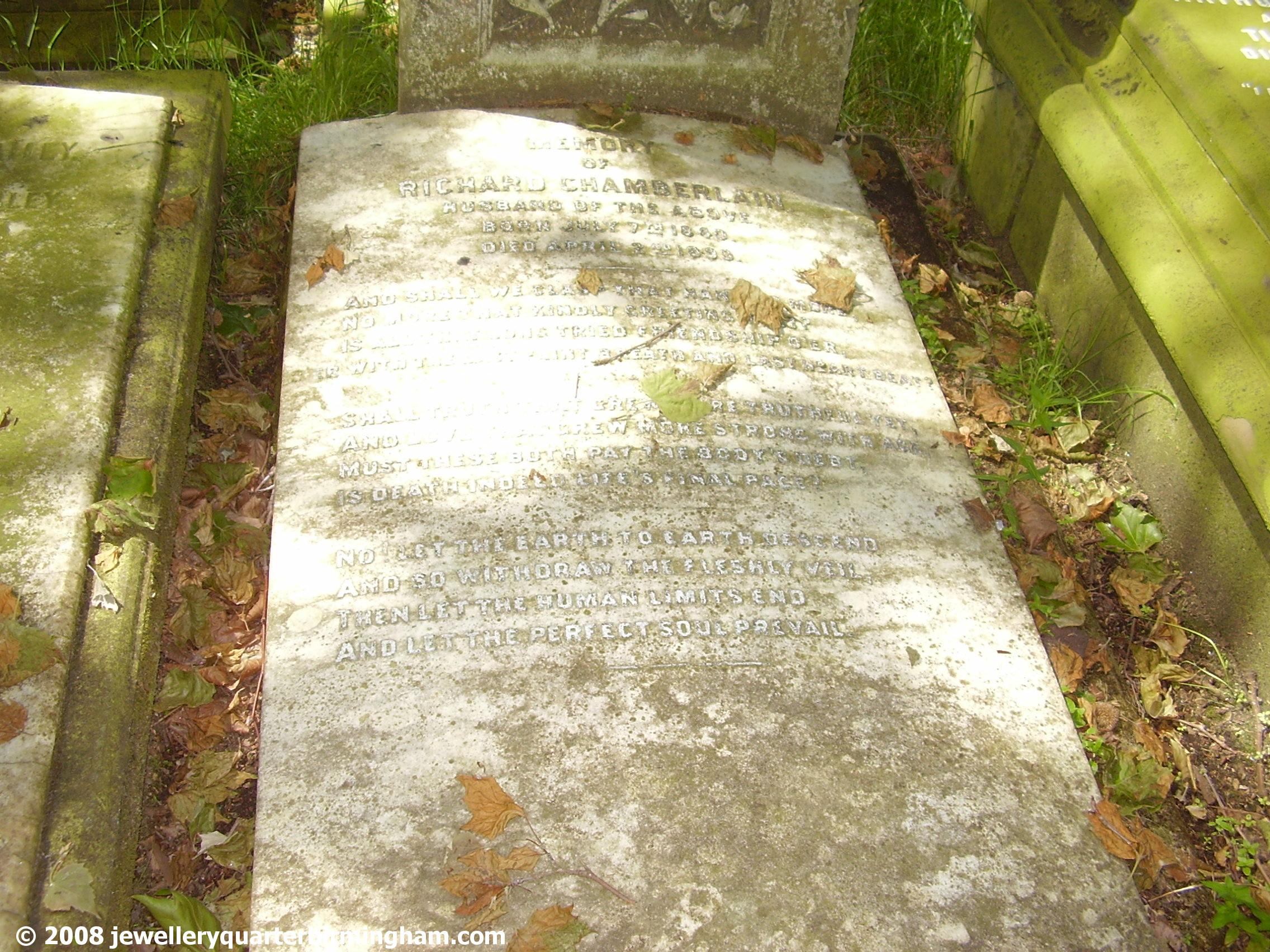 The-grave-in-Key-Hill-Cemetery-of-Richard-Chamberlain.jpg 2008